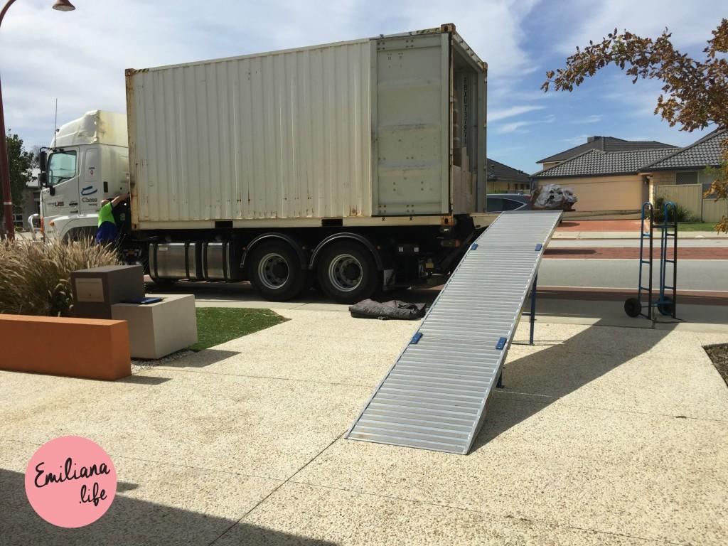 35 container e rampa