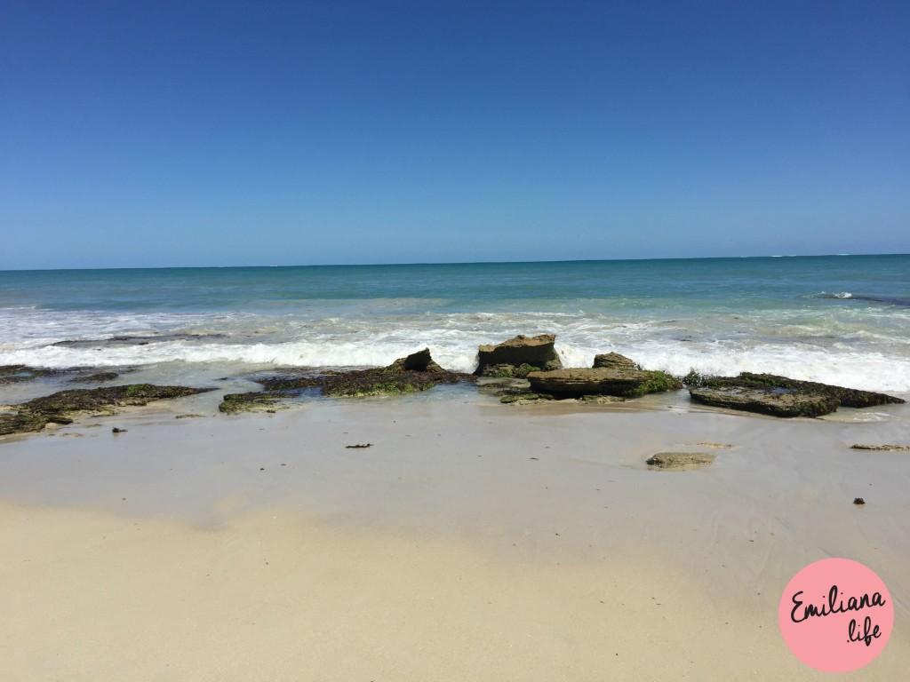 08 areia mar pedras burns beach