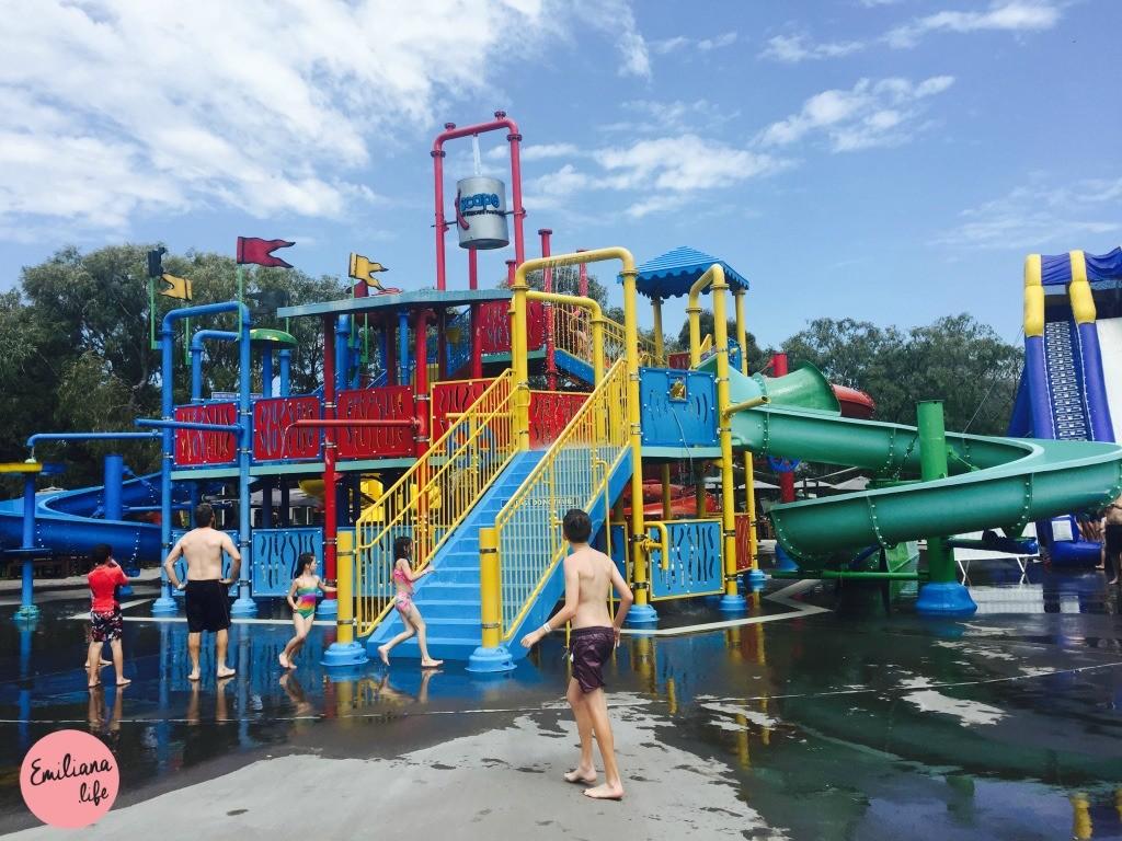 248 parque agua escape
