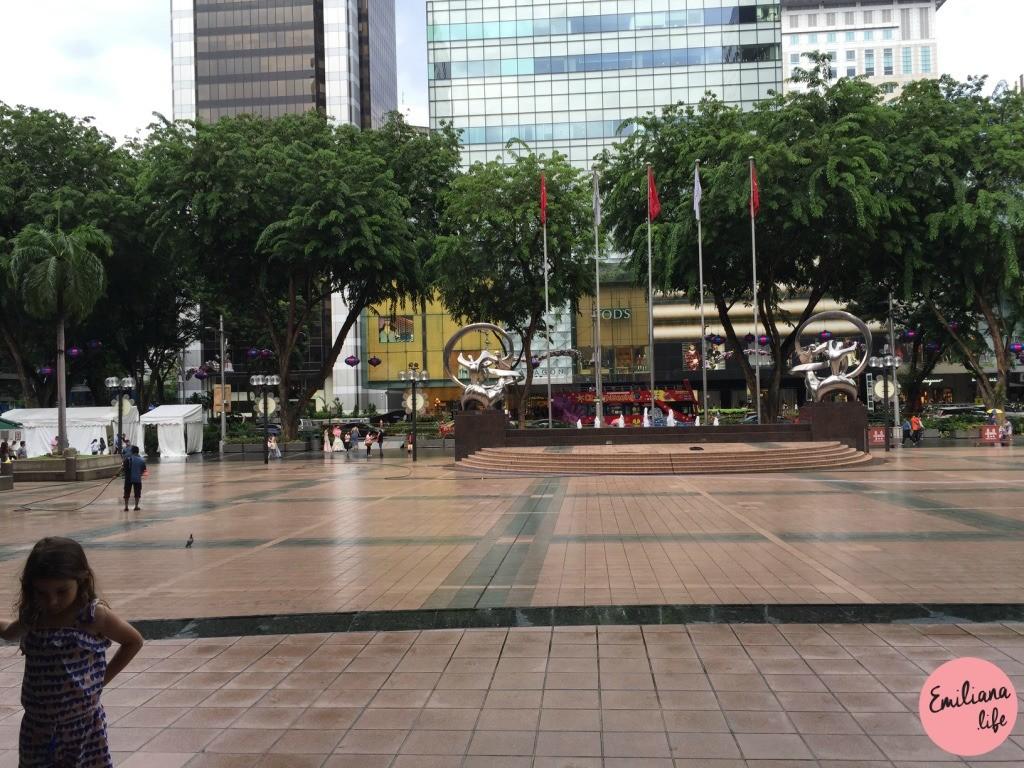 661 big mall singapore