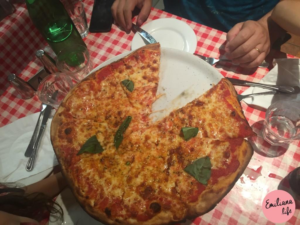 210 pizza ciao italia